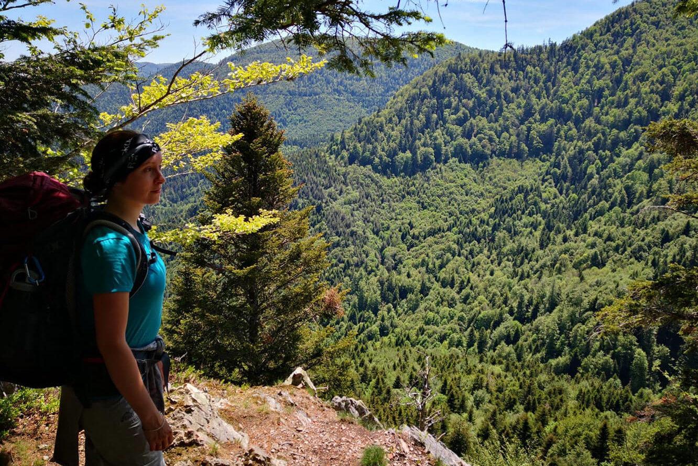 Ulrike Schoch beim Trekking in den Vogesen