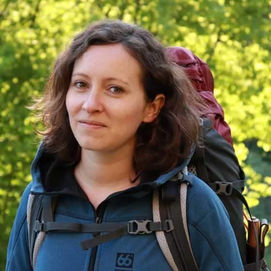 Ulrike Schon auf einer Trekkingtour
